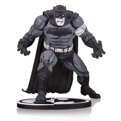 Statuette Batman Black & White Batman by Klaus Janson 25cm