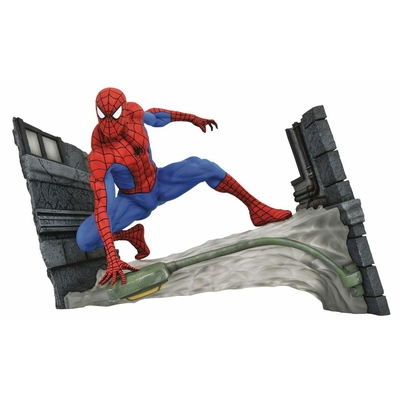 Statuette Marvel Comic Gallery Spider-Man Webbing 18cm