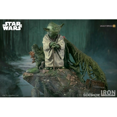 Statuette Star Wars Episode V Legacy Replica Yoda 30cm