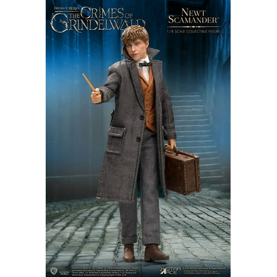 Figurine Les Animaux fantastiques 2 Real Master Series Newt Scamander 23cm