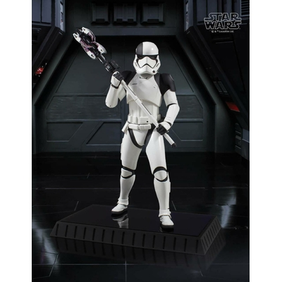 Statuette Star Wars Episode VIII Executioner Trooper 28cm