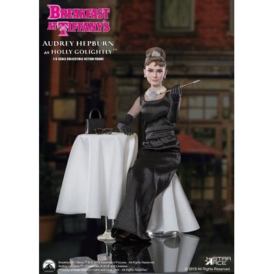 Figurine Diamants sur canapé Holly Golightly Audrey Hepburn 2.0 Deluxe Ver. 29cm