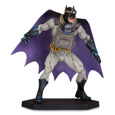 Statuette Dark Nights Metal Batman with Darkseid Baby 15cm