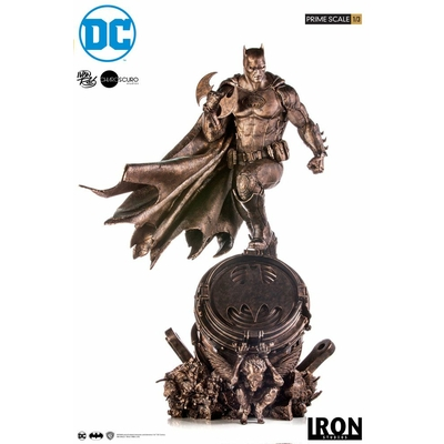 Statuette DC Comics Prime Scale Batman Bronze Edition 89cm