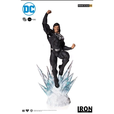 Statue DC Comics Prime Scale Superman Black Suit 95cm