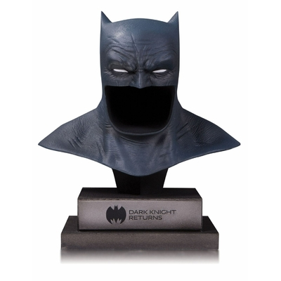 Buste DC Gallery The Dark Knight Returns Batman Cowl 21cm