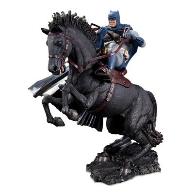Statuette The Dark Knight Returns Mini Battle A Call To Arms 20cm