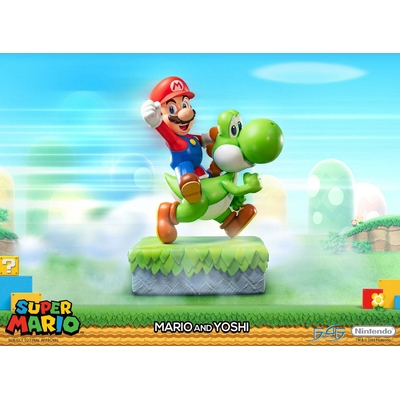 Statue Super Mario - Mario & Yoshi 48cm
