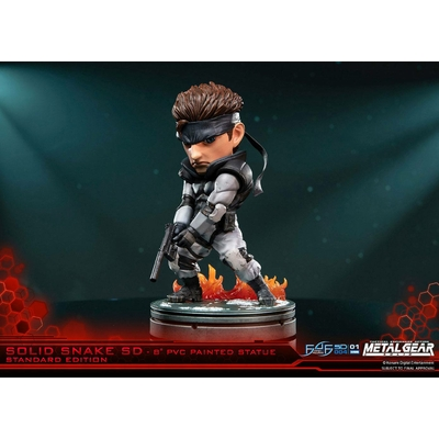 Statuette Metal Gear Solid SD Solid Snake 20cm