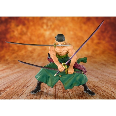 Statuette One Piece Figuarts Zero Pirate Hunter Zoro 11cm