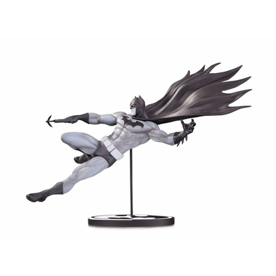 Statuette Batman Black & White Batman by Doug Mahnke 18cm