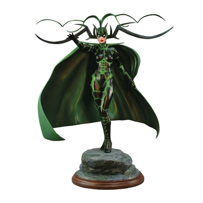 Statuette Marvel Comic Premier Collection Hela 30cm