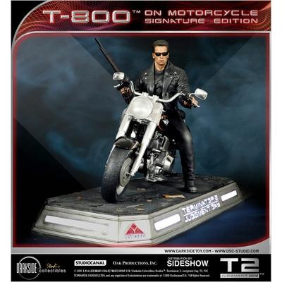 Statue Terminator 2 Le Jugement dernier T-800 on Motorcycle Signature Edition 50cm