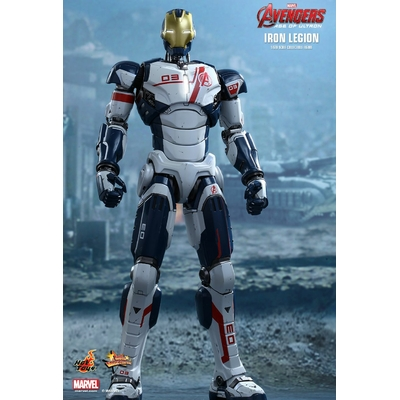 Figurine Avengers L'Ère d'Ultron Movie Masterpiece - Iron Legion 31cm
