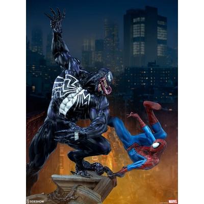 Statue Marvel Spider-Man vs Venom 56cm
