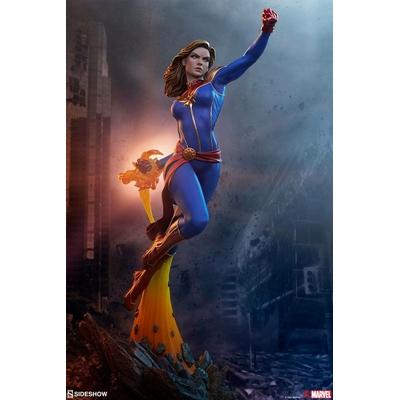 Statuette Avengers Assemble Captain Marvel 41cm
