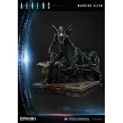 Statue Aliens Premium Masterline Series Warrior Alien 67cm