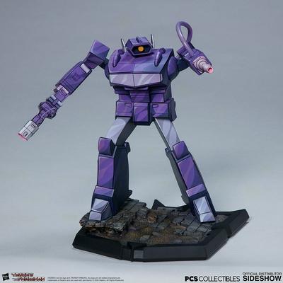 Statuette Transformers Classic Scale Shockwave 23cm