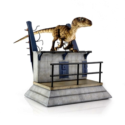 Statuette Jurassic Park Breakout Raptor 30cm