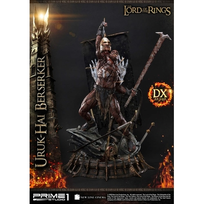 Statue Le Seigneur des Anneaux Uruk-Hai Berserker Deluxe Version 93cm