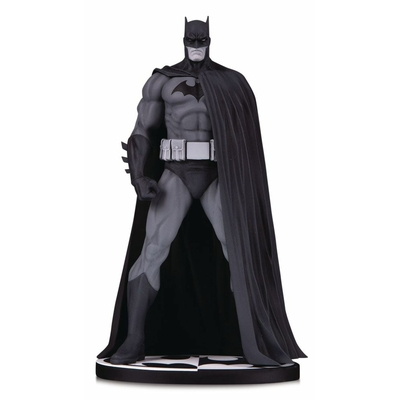 Statuette Batman Black & White Batman (Version 3) by Jim Lee 18cm