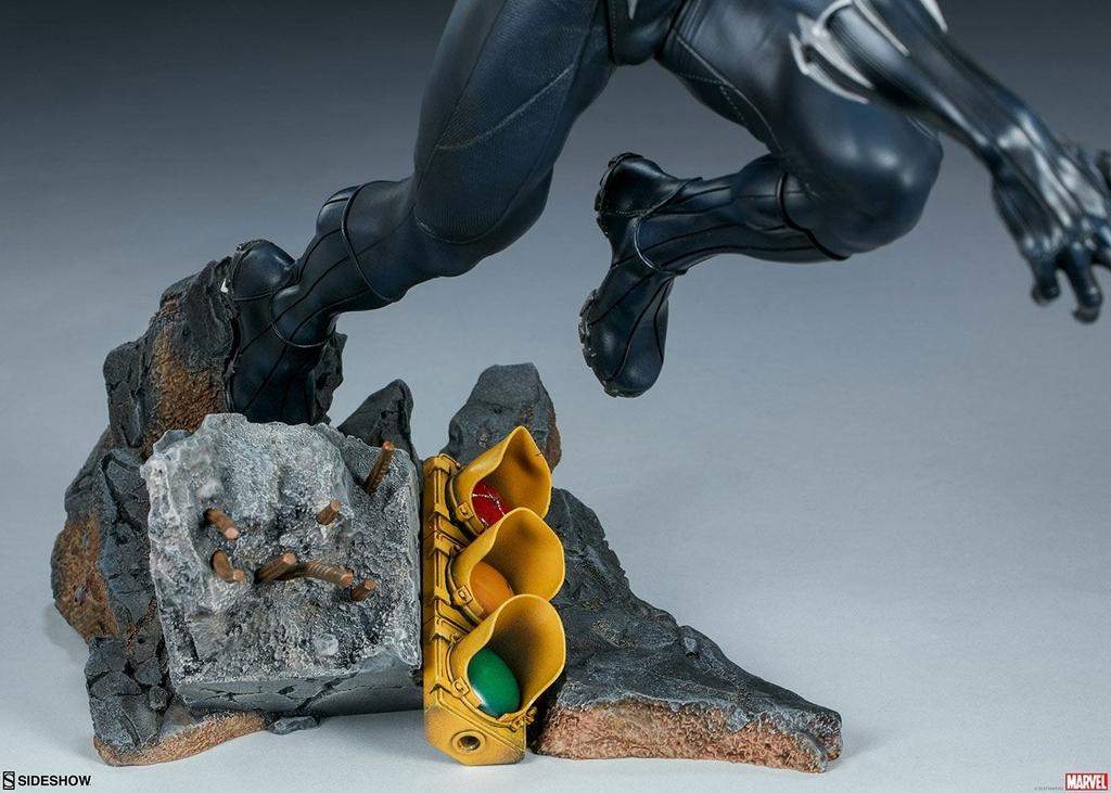 Statuette Avengers Assemble Black Panther 41cm 1001 FIGURINES (7)
