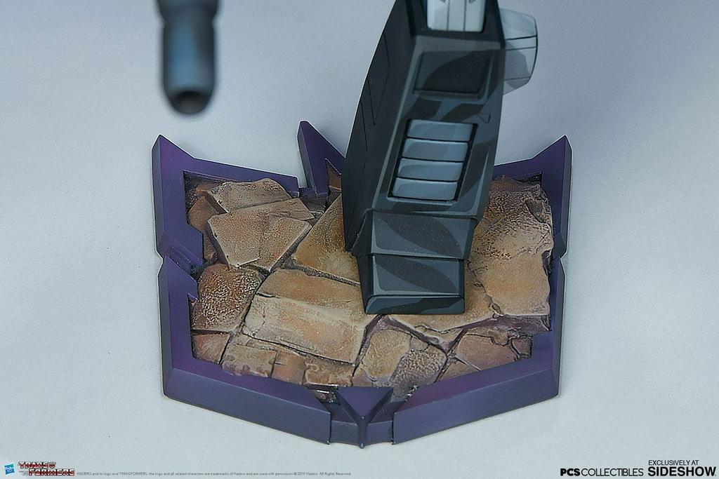 Statuette Transformers Classic Scale Nemesis Prime 25cm 1001 FIGURINES (14)