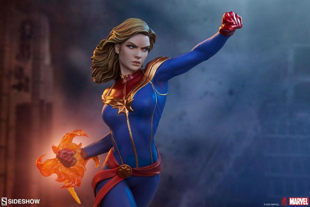 Statuette Avengers Assemble Captain Marvel 41cm 1001 Figurines (6)