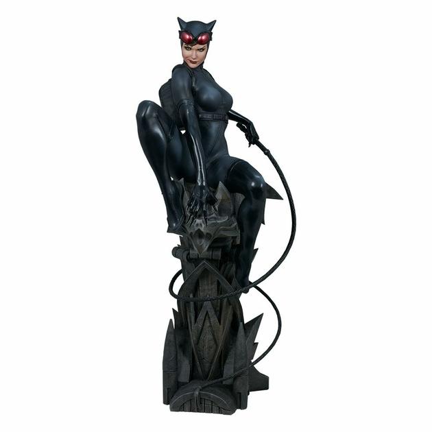 Statuette DC Comics Premium Format Catwoman 56cm 1001 Figurines