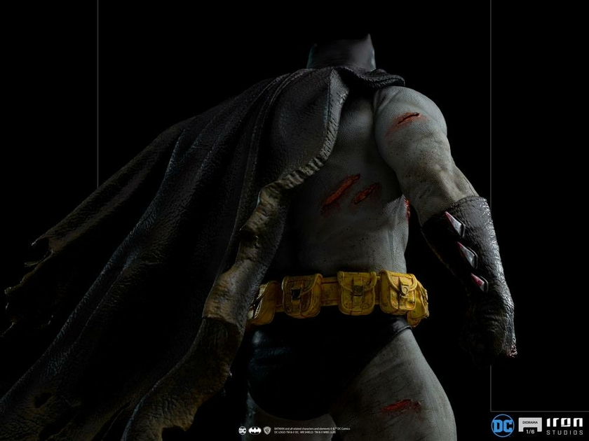 Diorama Batman Dark Knight Batman 38cm 1001 Figurines (6)