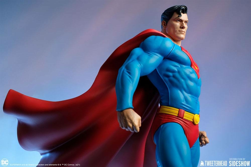 Statue DC Comics Superman 52cm 1001 Figurines (4)