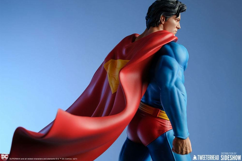 Statue DC Comics Superman 52cm 1001 Figurines (19)