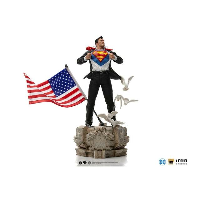 Statuette DC Comics Deluxe Art Scale Clark Kent 29cm 1001 Figurines (1)