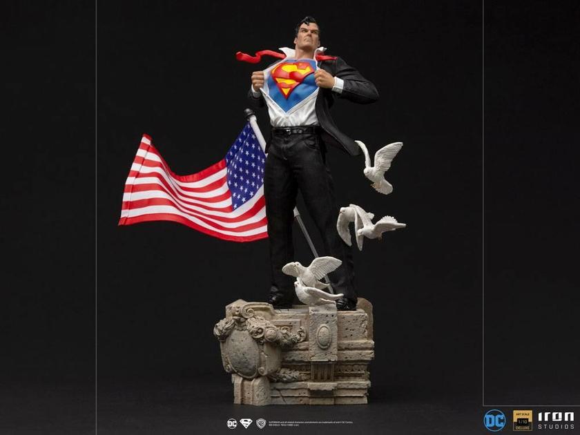 Statuette DC Comics Deluxe Art Scale Clark Kent 29cm 1001 Figurines (2)