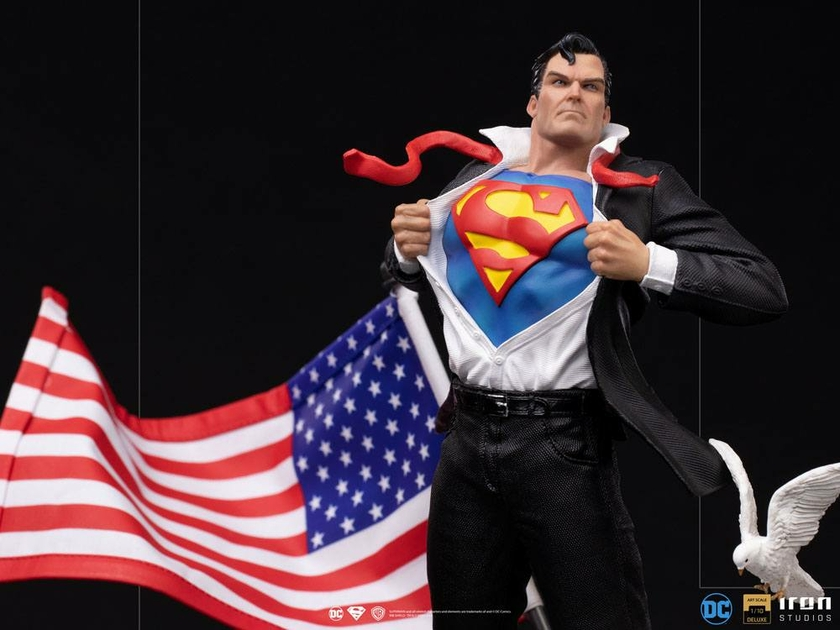 Statuette DC Comics Deluxe Art Scale Clark Kent 29cm 1001 Figurines (8)