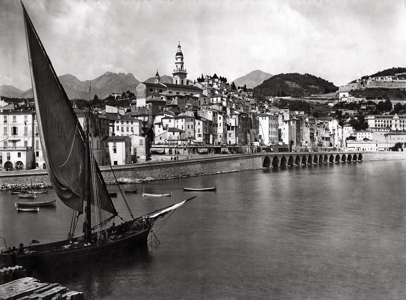 le port de Menton vers 1900