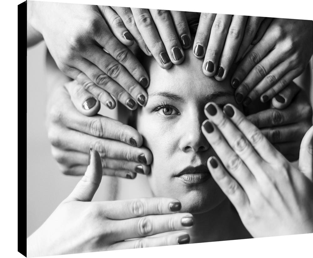 Les mains et la Belle par la photographe Sylwia bernat