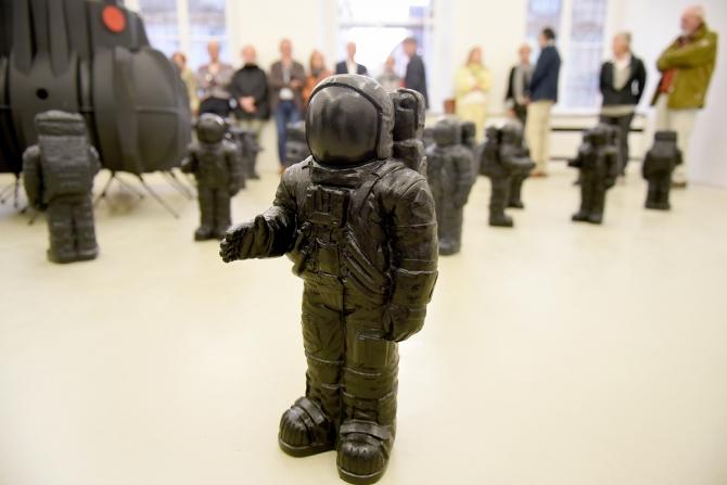 The-little-boutique-ottmar-horl-Astronaut_Rottweil__A_Linsenmann-6