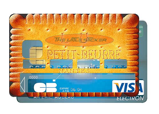 pose-sticker-pour-carte-bancaire-the-little-sticker-nice