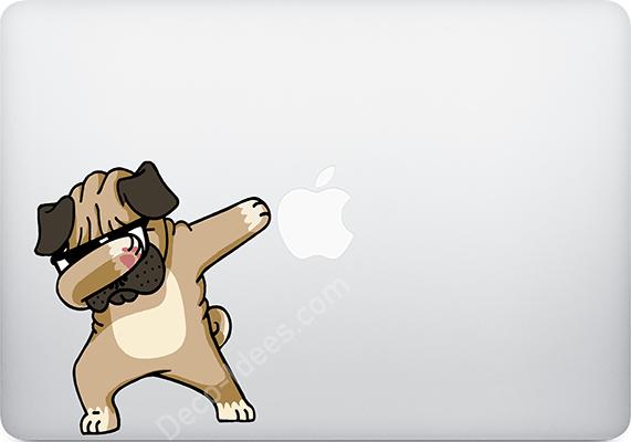 sticker-macbook-pug-carlin-the-little-sticker-2
