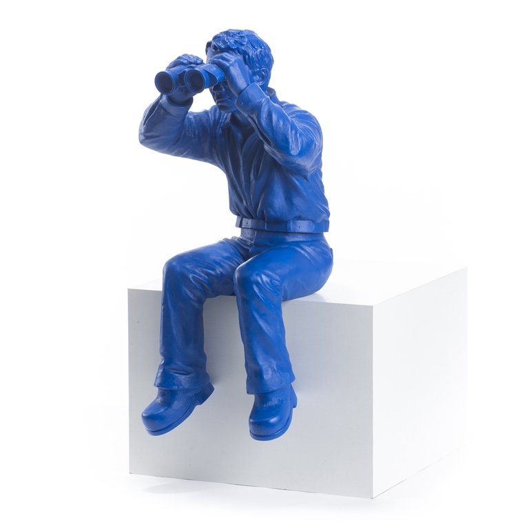 Statuette-Worldview-Model 1b-bleu-2006-Ottmar- Hörl-the-little-boutique