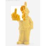 nain-doigt-honneur-detail-jaune