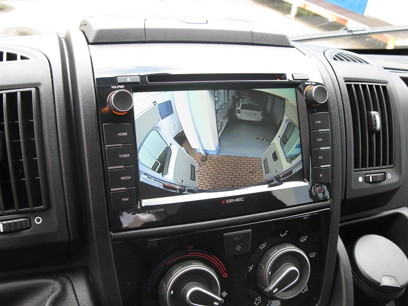 autoradio gps dvd fiat ducato autoradios z e3726 multim dia bluetooth autoradios gps. Black Bedroom Furniture Sets. Home Design Ideas