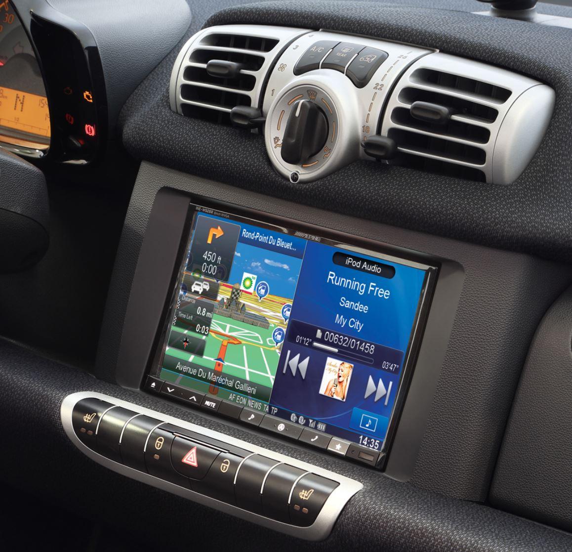 Kit de montage radio pour DIN autoradio dans smart fortwo 451, à partir de 2010