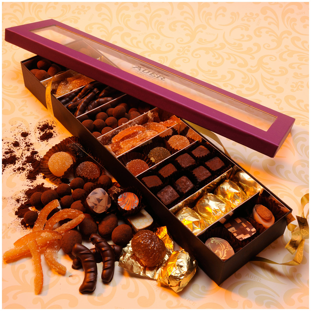 assortiment-fruits-confits-chocolats-cacao-marrons-invitation-T3
