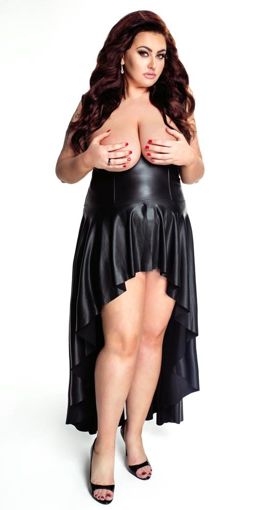 3500434000-robe-seins-nus-f069-2
