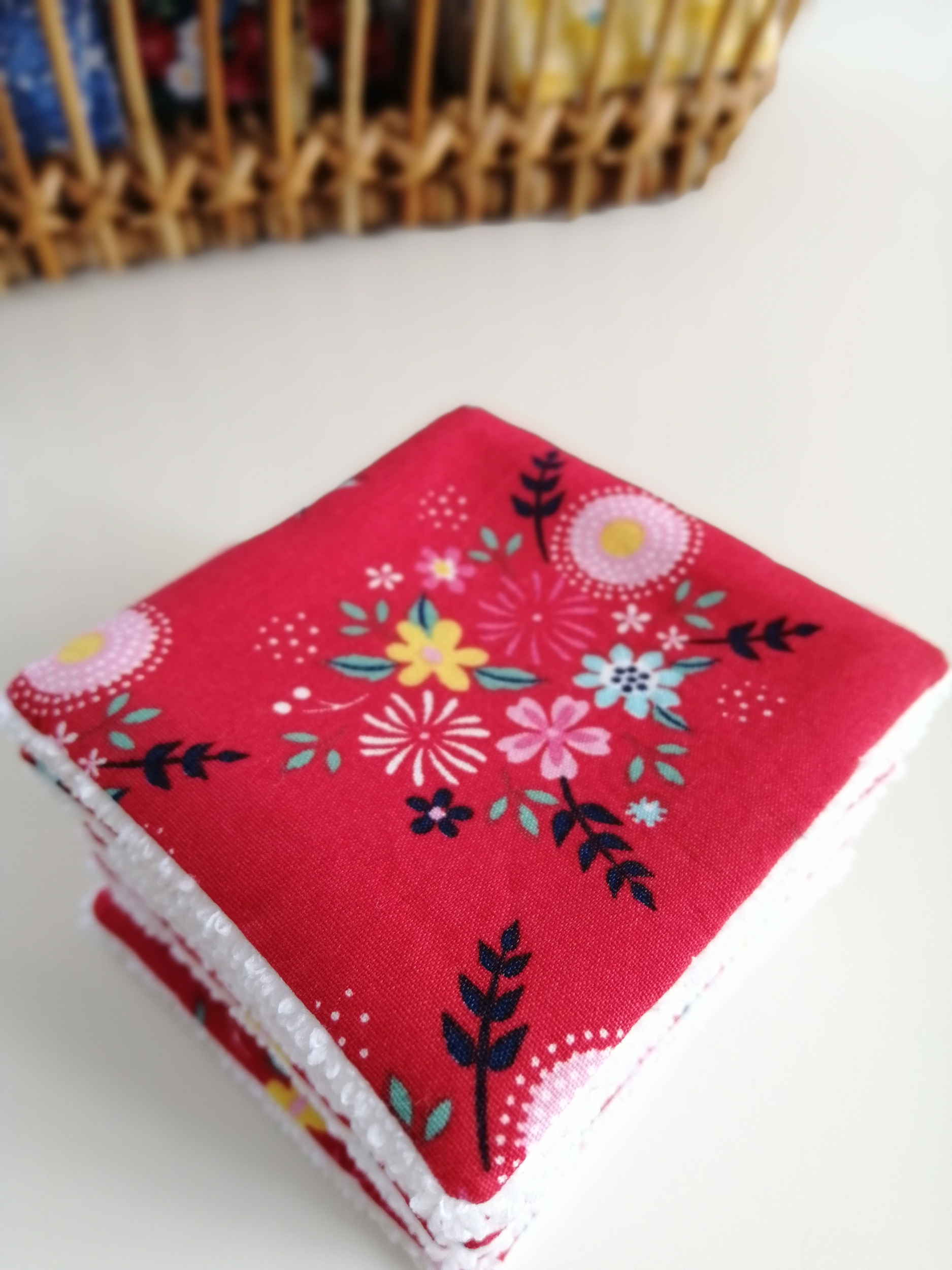 Lot de 8 lingettes démaquillantes lavables motif japonais fleurs rouges