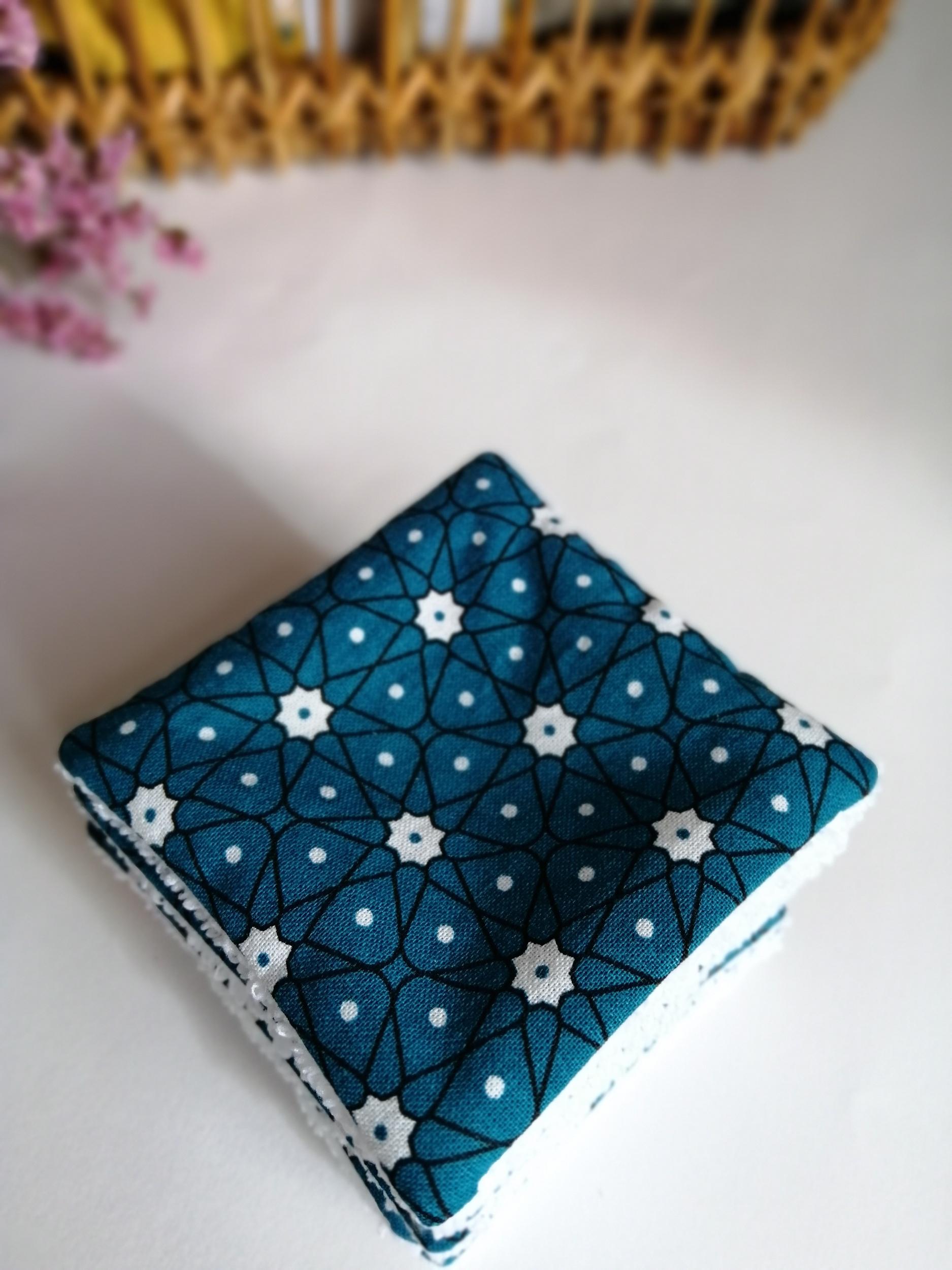 Lot de 8 lingettes démaquillantes lavables motif asanoha bleu