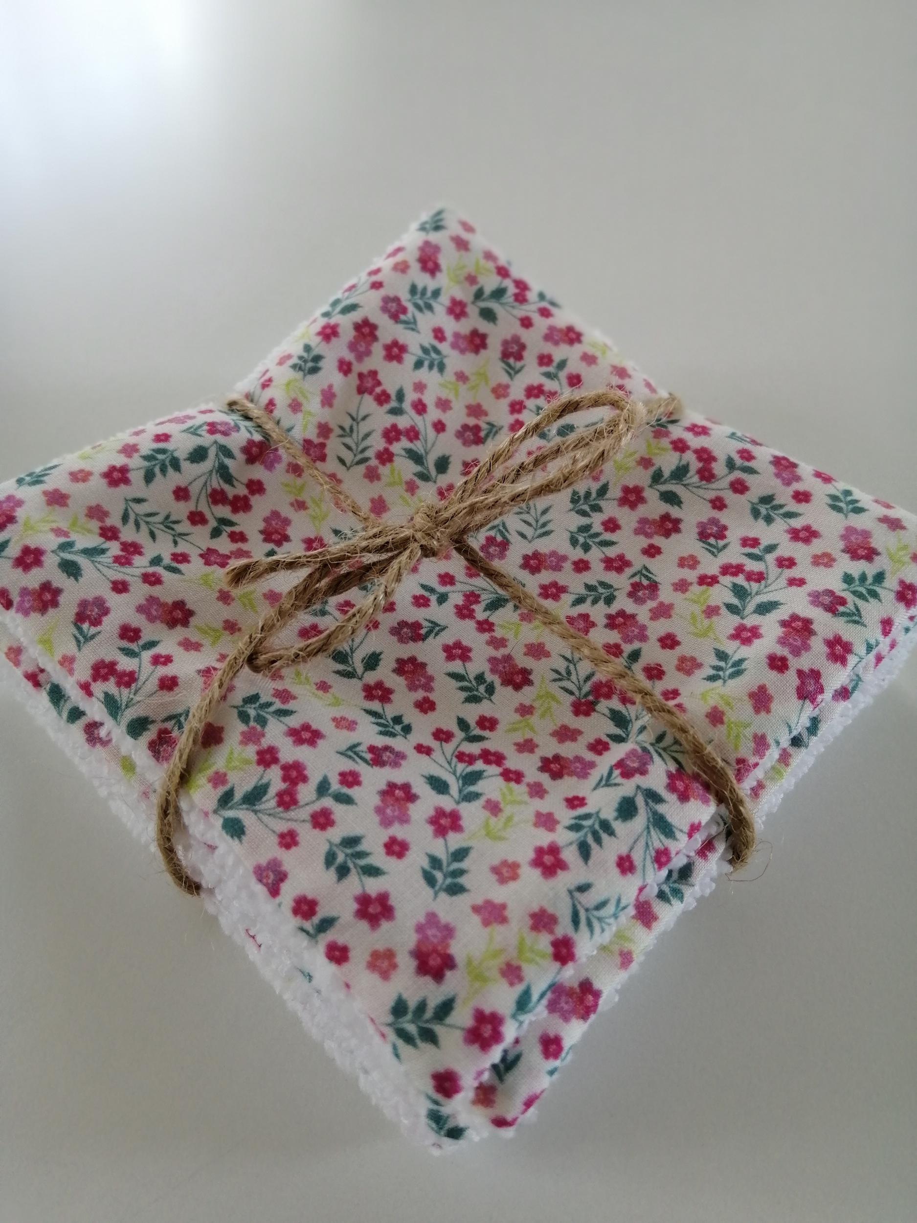 Lingettes lavables pour bébé motif fleurs