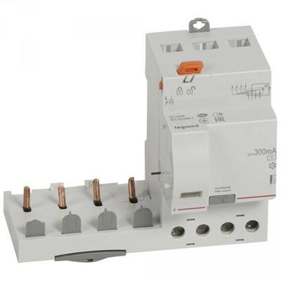 Legrand - Bloc différentiel adaptable DX3-vis-4P-400V~-63A-typeAC-300mA-Disjoncteur 1mod/pôle-câbl trad - 410512